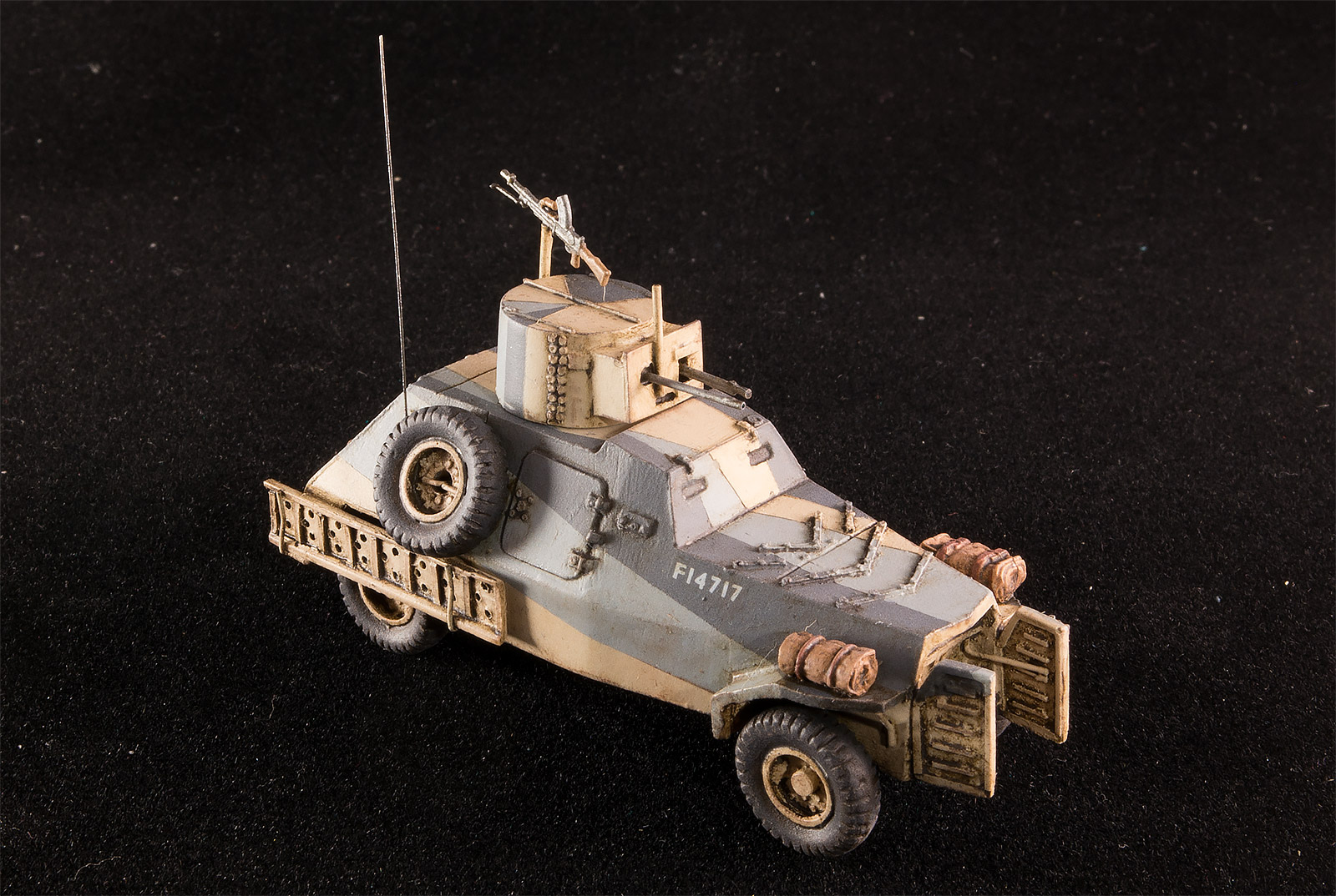 Marmon Herrington mk II MFF  Attack hobby kits 72901
