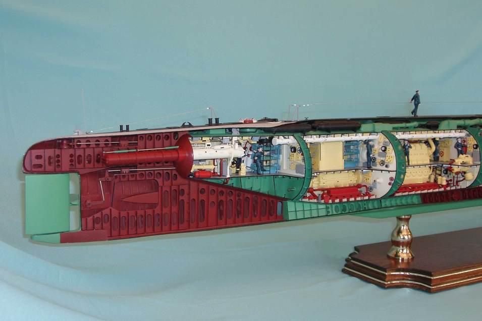 первая дизельная подводная лодка