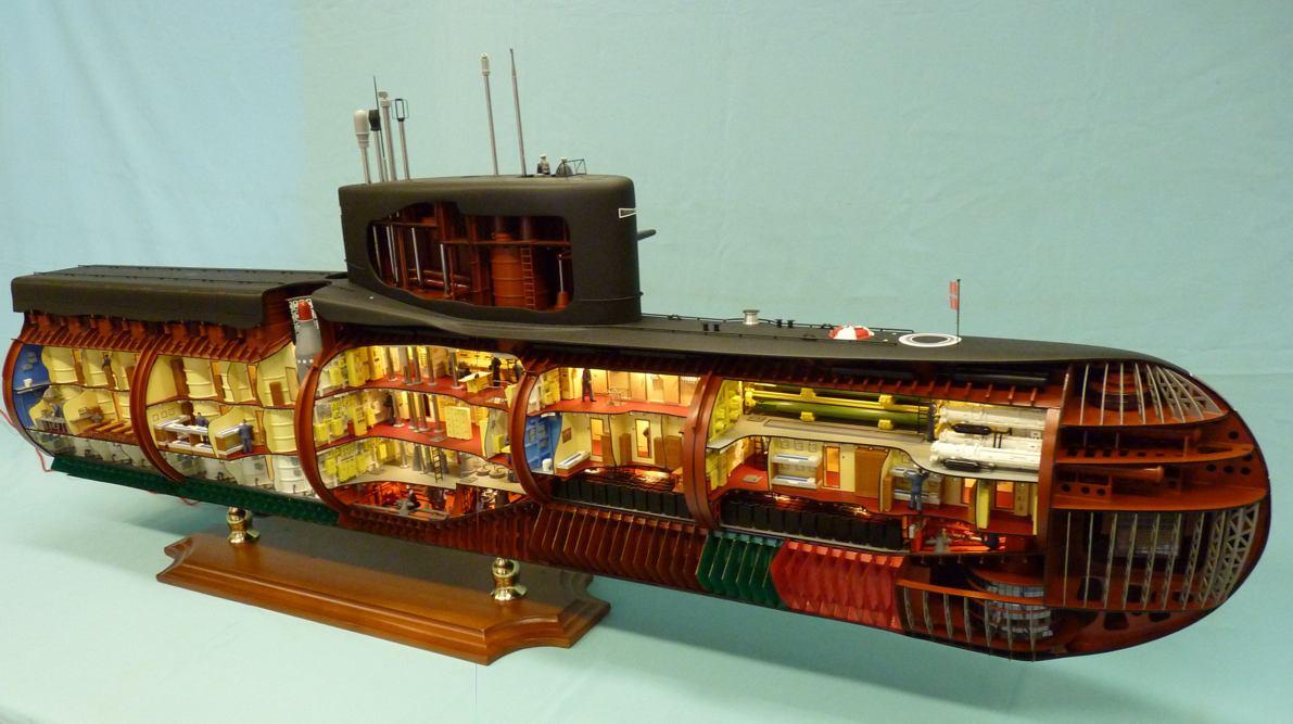 металл корпуса подводной лодки