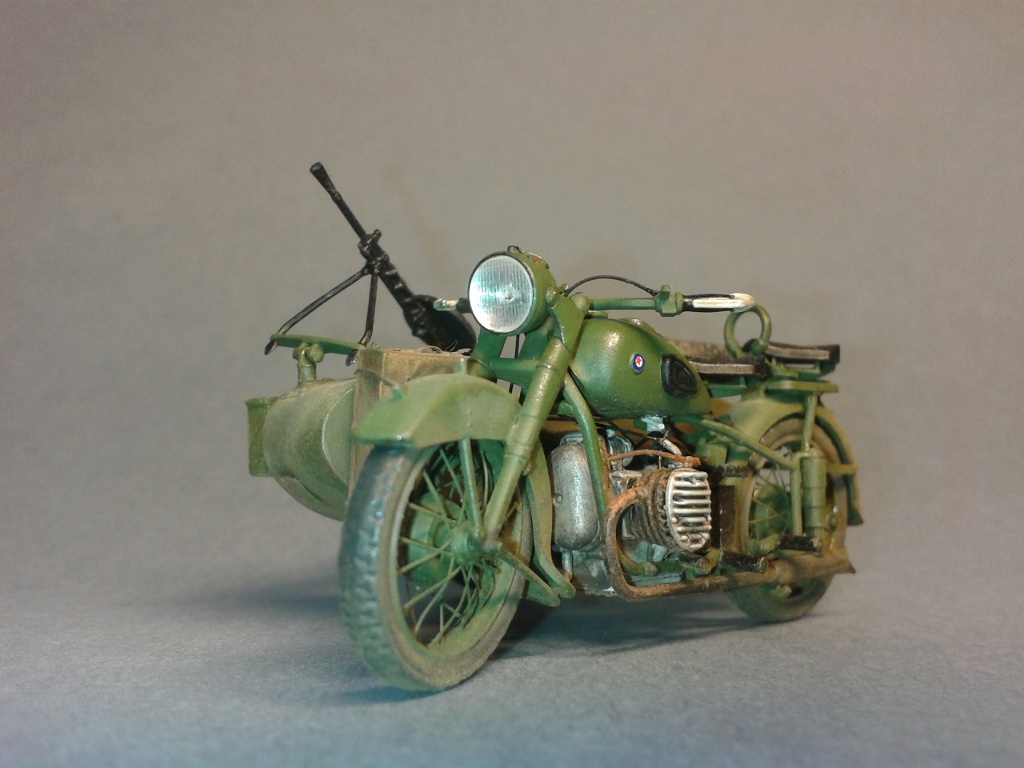 Советский мотоцикл м 72 с коляской