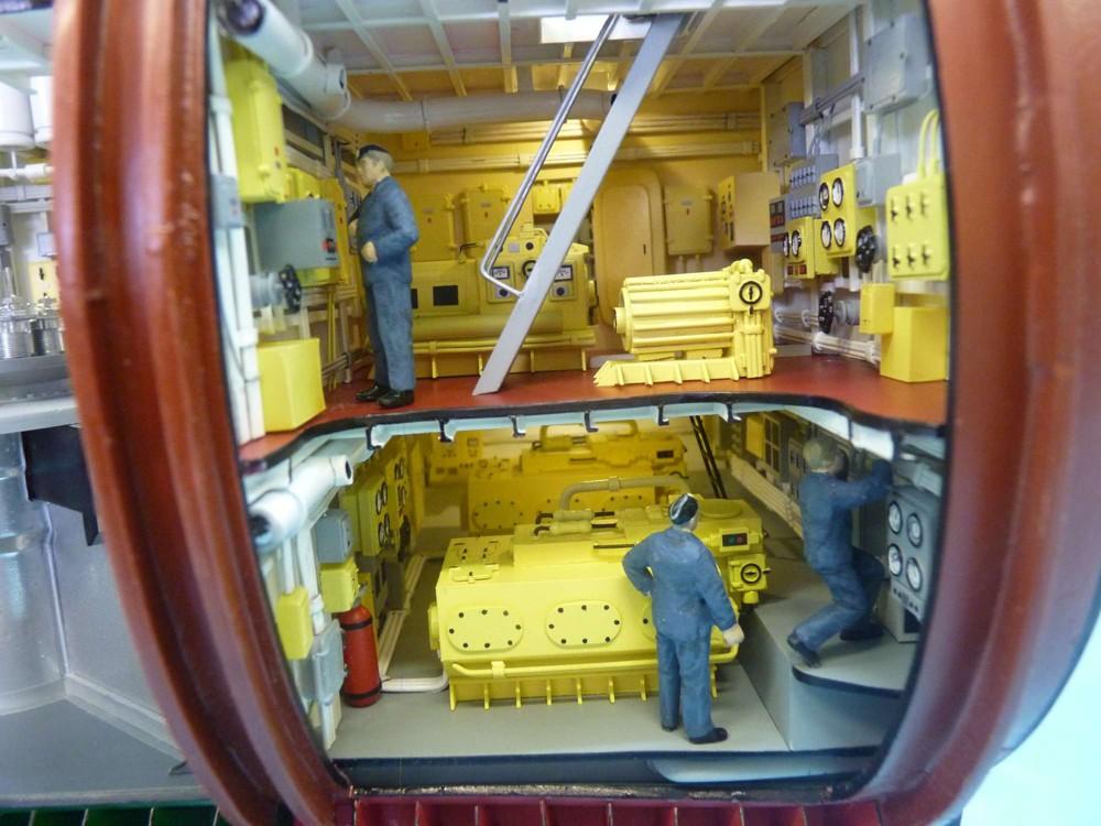 подводная лодка с двумя корпусами