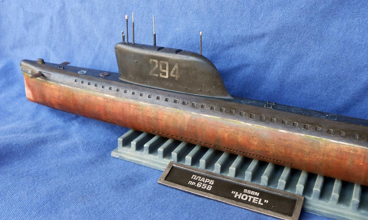 какое давление выдерживает подводная лодка