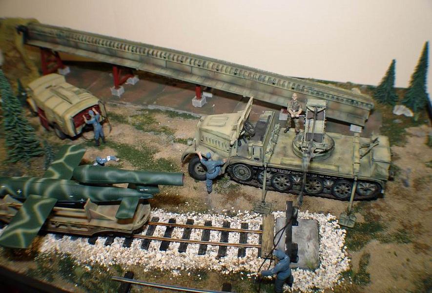 Стендовые модели бронепоездов фото