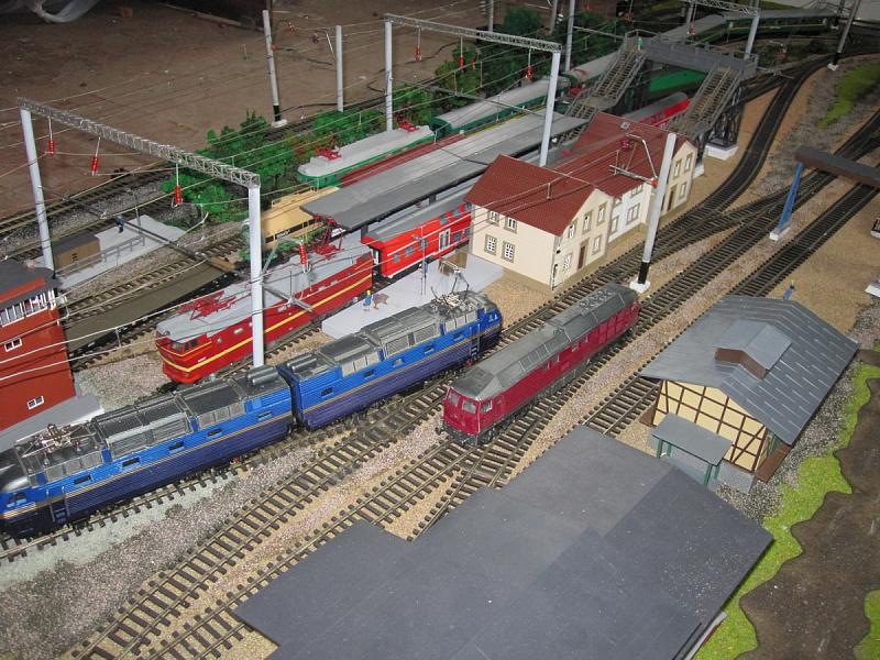 Железные дороги в домашних условиях 456